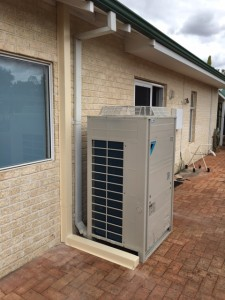 25KW Daikin reverse cycle ducted system